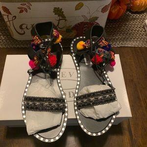 Steve Madden sandals NWT